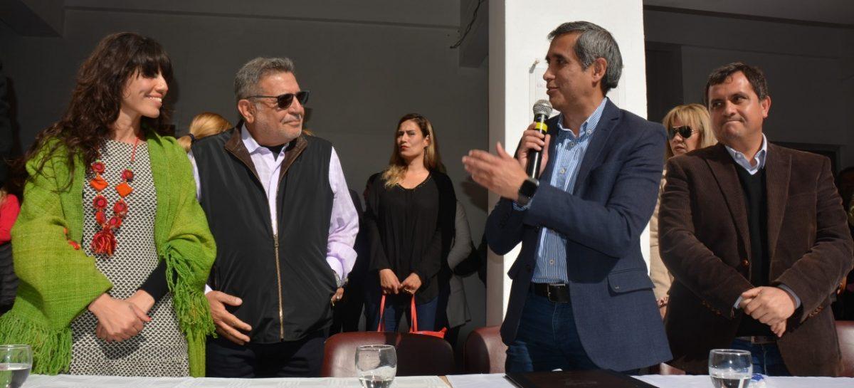 Beder y Paredes prometen equiparación salarial para municipales