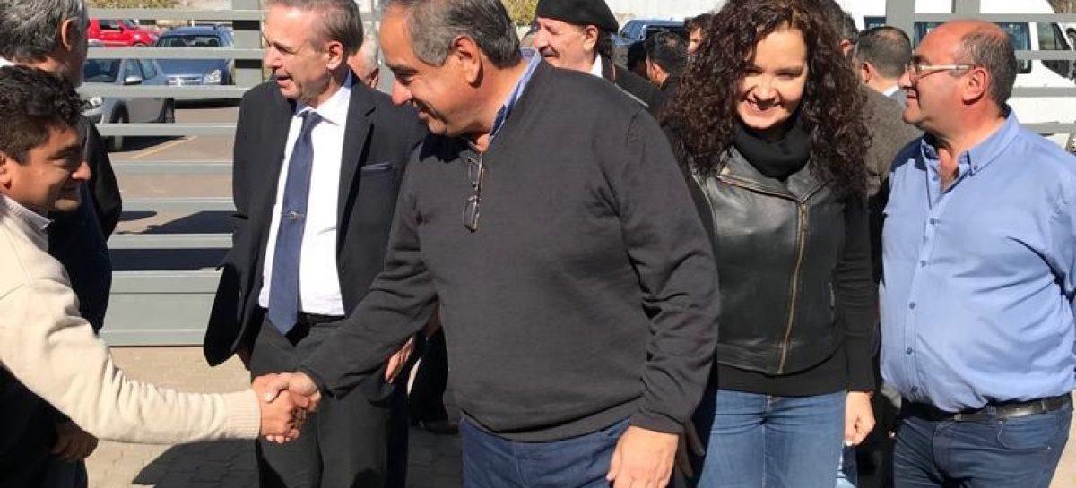 Julio Martínez – Tere Luna, la fórmula gobernador – vice del macrismo