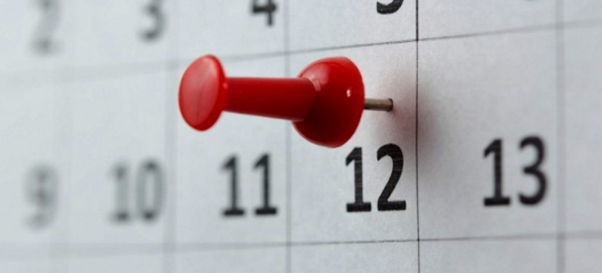 El 12 de octubre será feriado y el lunes 14, día no laborable