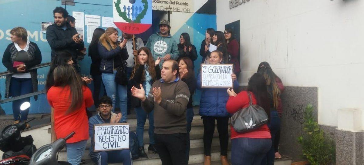 Desde el lunes, trabajadores anunciaron paro en el Registro Civil