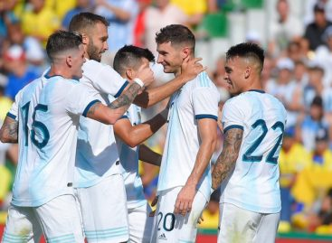 Sin Messi, Argentina ganó, gustó y goleó