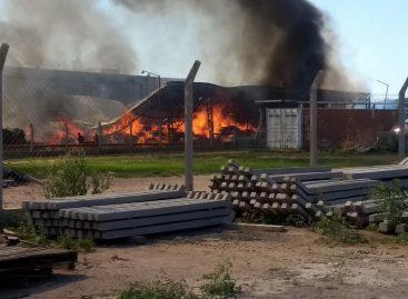 Incendio de magnitud en ENOD: pudo ser controlado