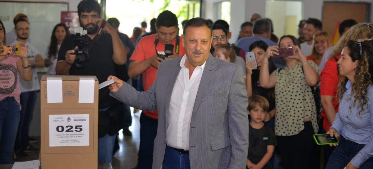 """Quintela votó y habló de resultado """"contundente"""" a favor del peronismo"""