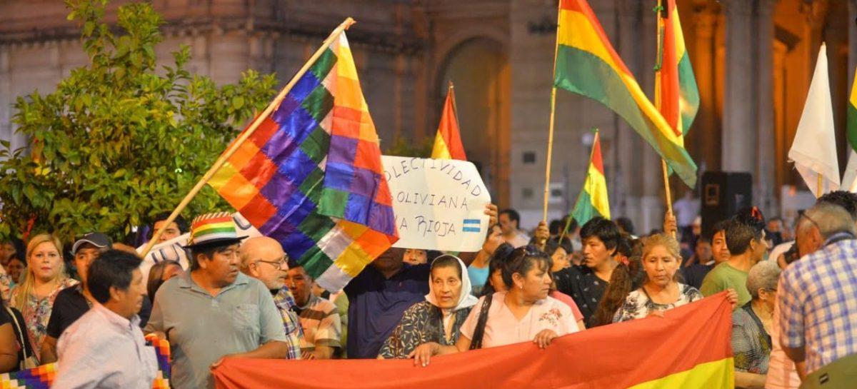 La Rioja pidió por la paz y la democracia en Bolivia y Chile