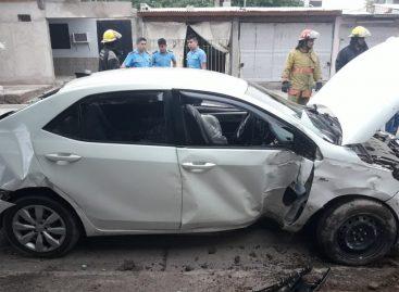 Dos mujeres sustrajeron un auto, lo dieron vuelta y lo dejaron abandonado