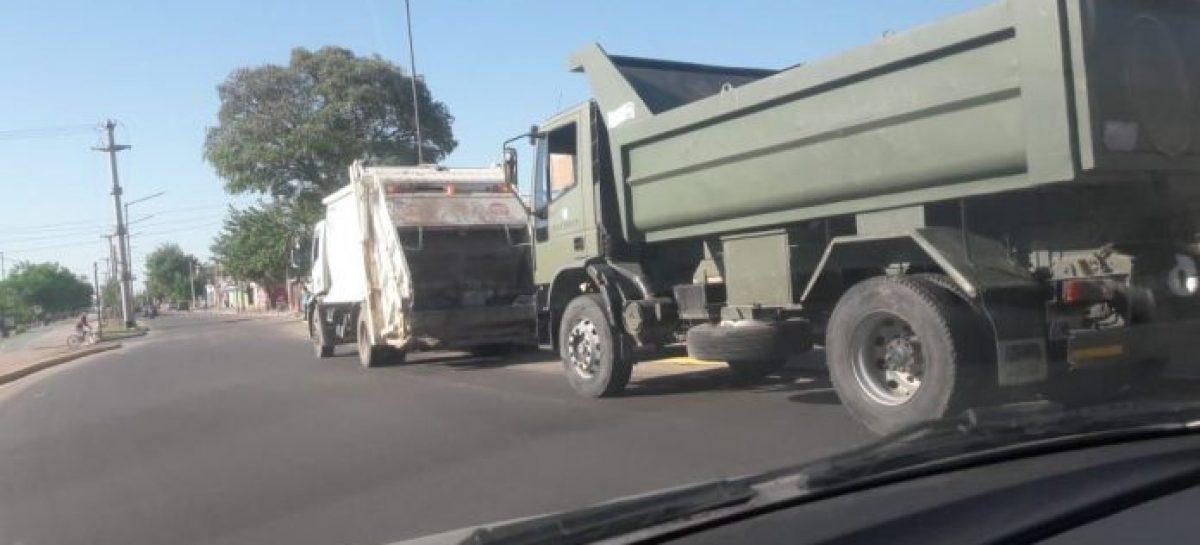 El Ejercito al auxilio. Aportó camiones para la recolección de residuos
