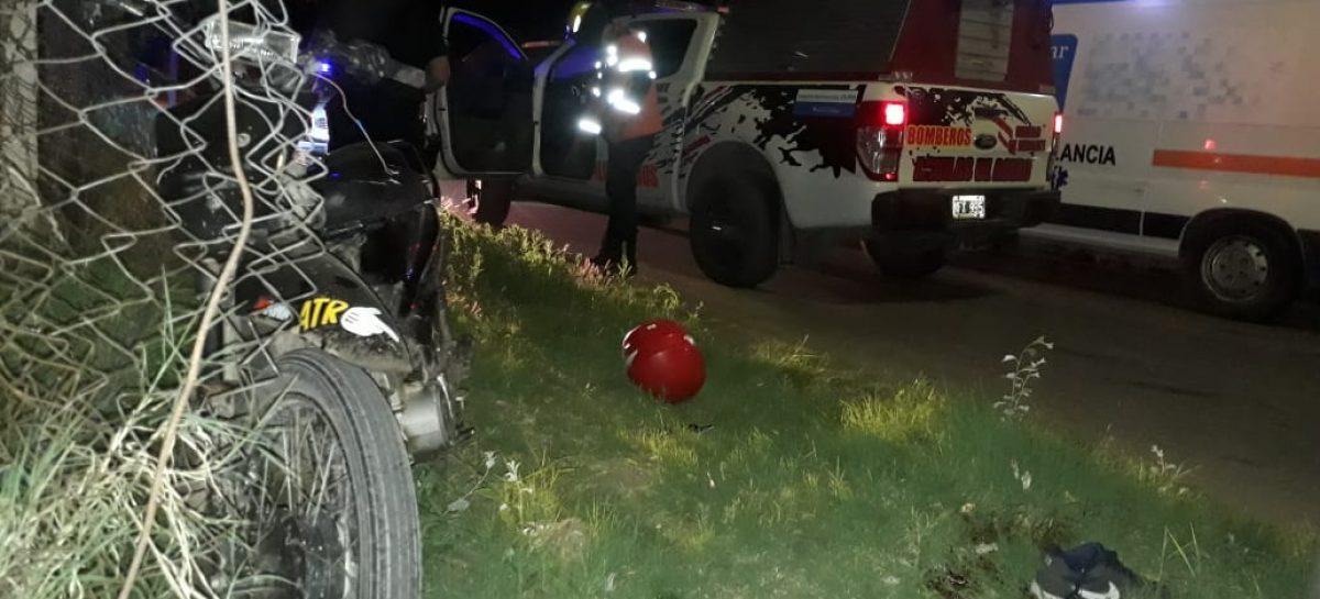 Joven motociclista pierde la vida en grave accidente vial