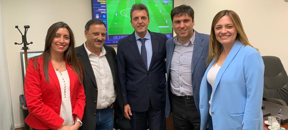 Quintela, López y Madera se reunieron con el influyente Massa