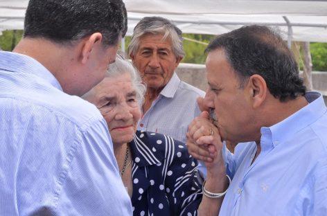 Quintela prometió un gabinete «a disposición de la gente»