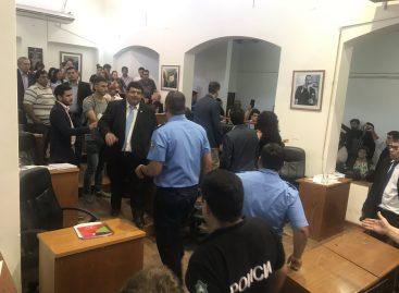 Tarifazo a las tasas municipales y escándalo en el Concejo Deliberante