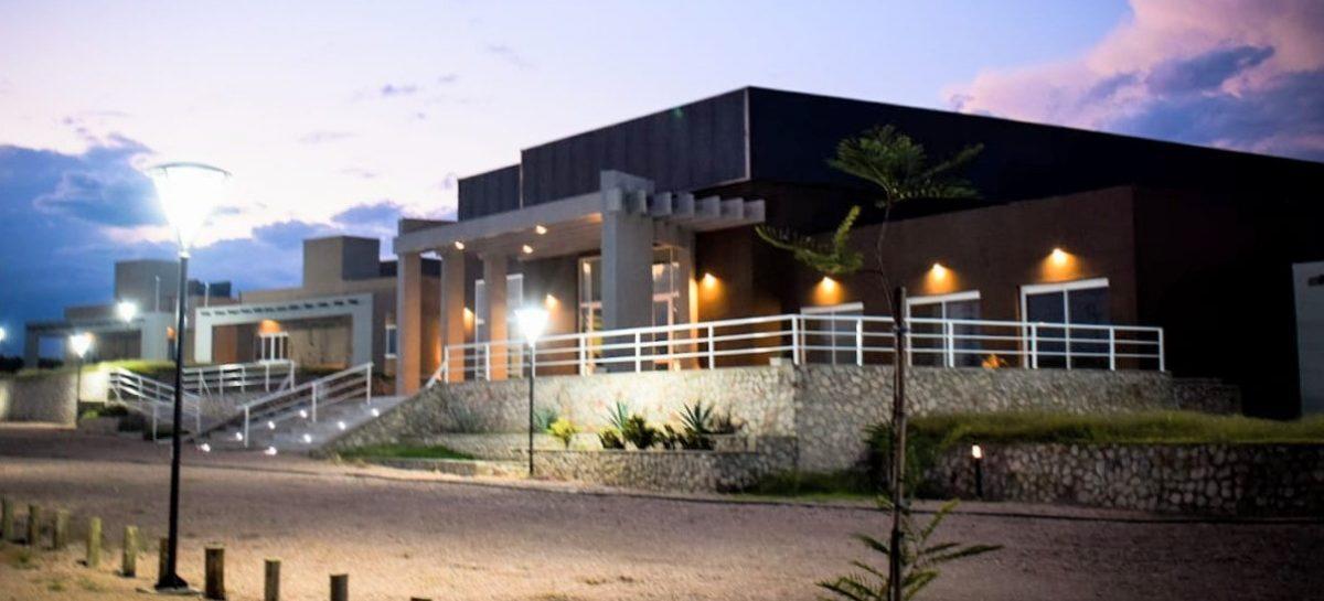 'Entre Viñedos', el nuevo hotel estatal en San Blas de Los Sauces