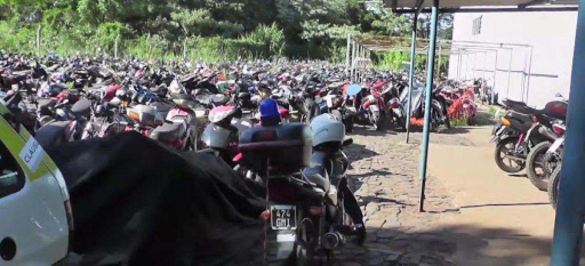 Buscan rematar más de un centenar de motos del corralón municipal