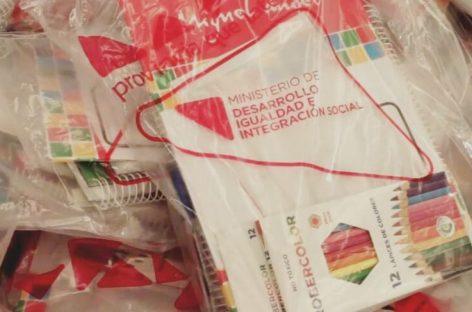 El 2 de marzo comienza la entrega de 52 mil kits escolares