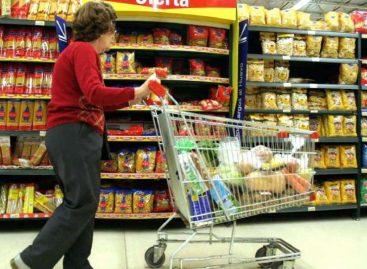 Jubilados con la mínima tendrán reintegros en la compra de alimentos