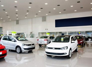 Felipe Alvarez impulsa auxilio para los deudores UVA de vehículos