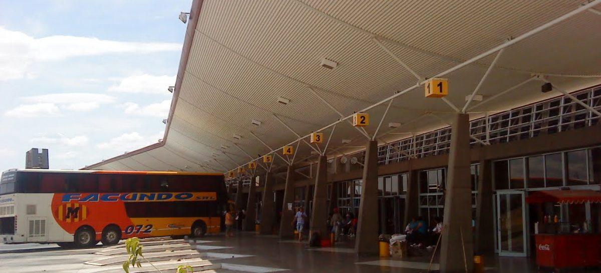 Desde el viernes, Nación prohibió el transporte de larga distancia