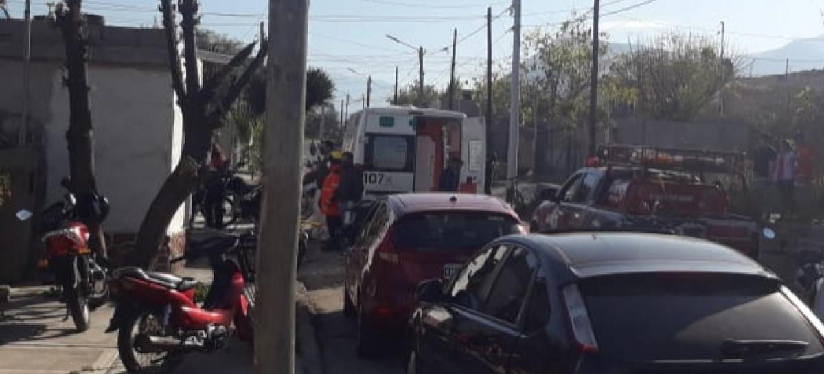 HOMBRE MURIÓ TRAS RECIBIR UNA DESCARGA ELÉCTRICA FULMINANTE