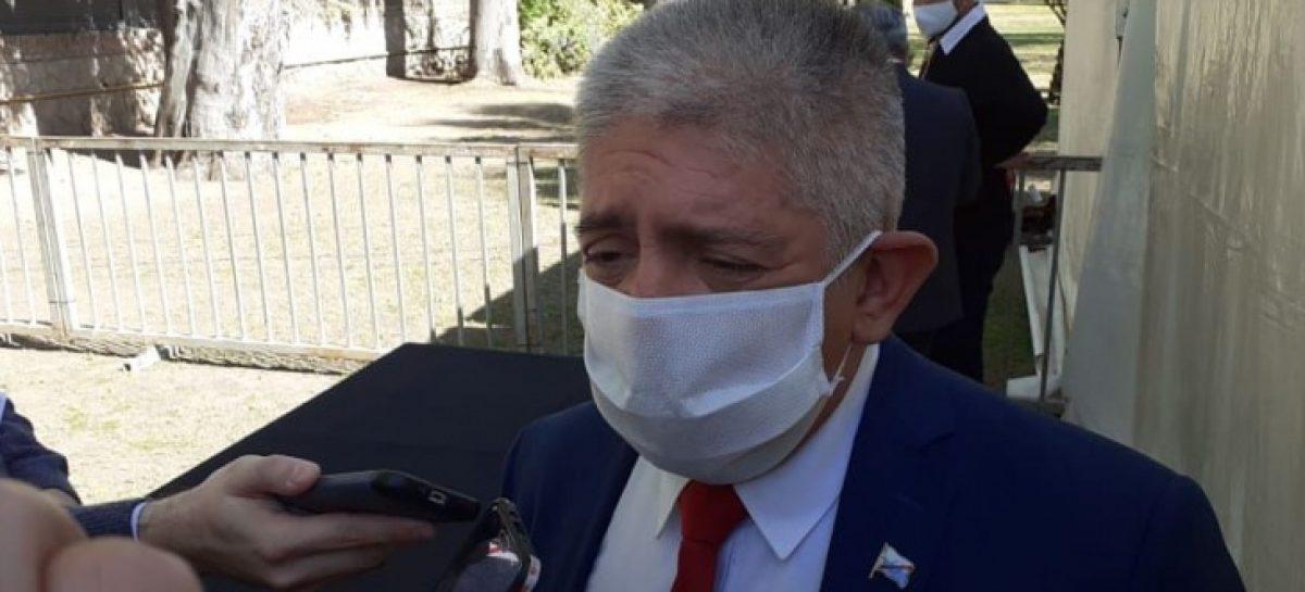 EL GOBIERNO VOLVIÓ A DESCARTAR DE PLANO UN AUMENTO DE SUELDOS