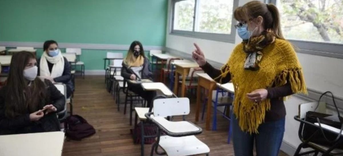 ANALIZAN EXTENDER EL CICLO LECTIVO DEL ÚLTIMO AÑO DE SECUNDARIA HASTA ABRIL