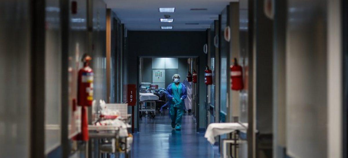 LUNES TRÁGICO CON CINCO PERSONAS FALLECIDAS EN EL UNIVERSO DE INFECTADOS DE COVID