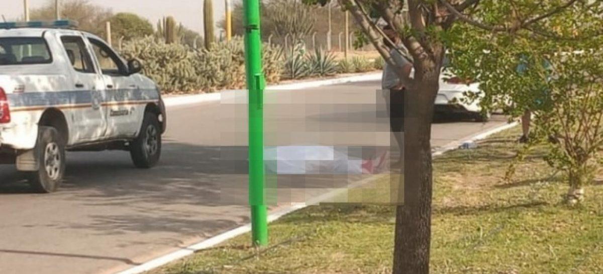 TRAGEDIA EN EL PARQUE DE LA CIUDAD. CICLISTA SE DESCOMPENSÓ Y MURIÓ