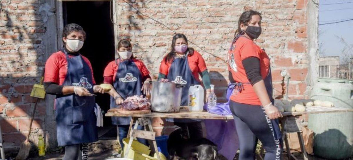 10 MIL PERSONAS COMEN A DIARIO CON AYUDA DEL ESTADO RIOJANO