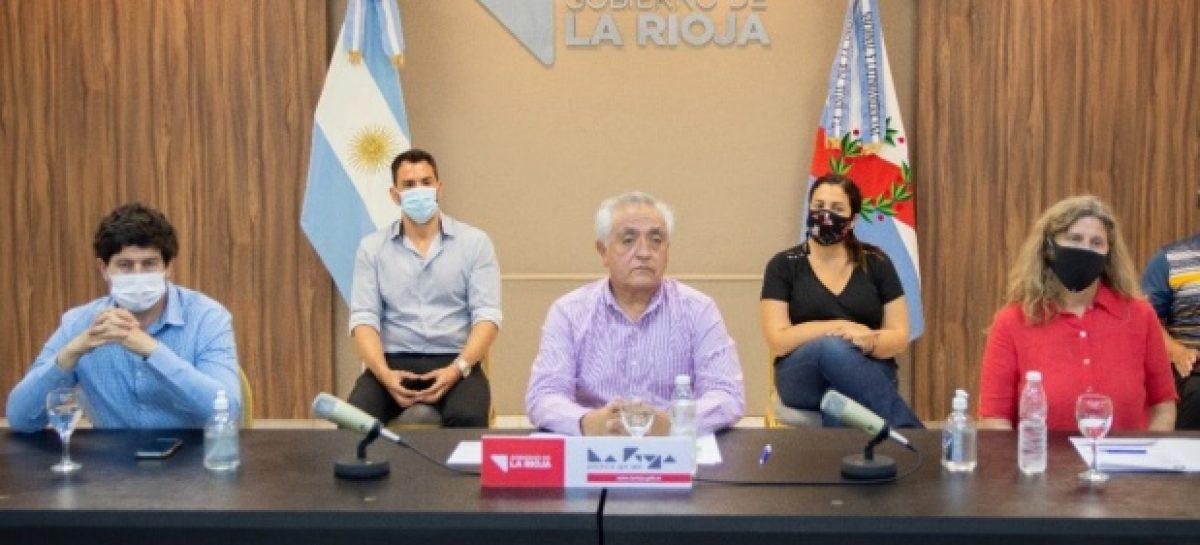HABILITAN DEPORTES GRUPALES Y APERTURA DE SALONES DE FIESTAS