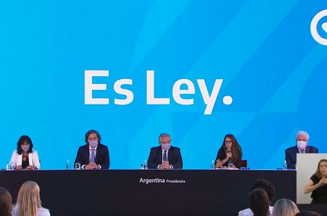 'ES LEY': ALBERTO FERNÁNDEZ PROMULGÓ LA LEY DE ABORTO LEGAL