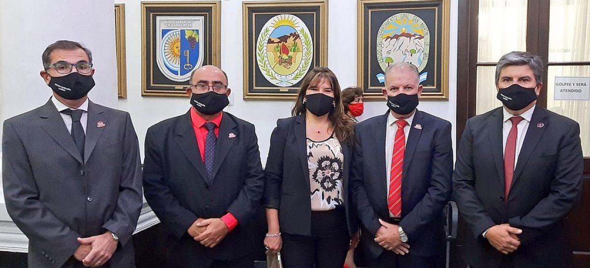 DOBLE GOLPE DEL OFICIALISMO Y ALIADOS A LA OPOSICIÓN